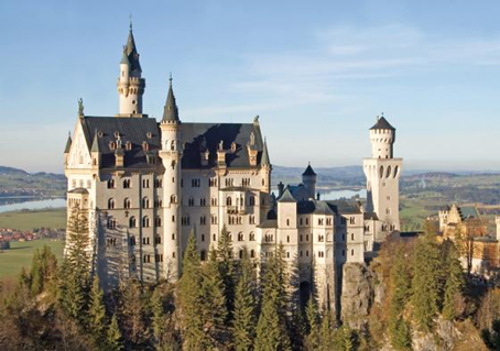 Wooden Jigsaw Puzzle - Neuschwanstein Castle - 500 Pieces Wentworth